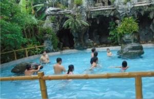 Khu du lịch sinh thái Ba Láng